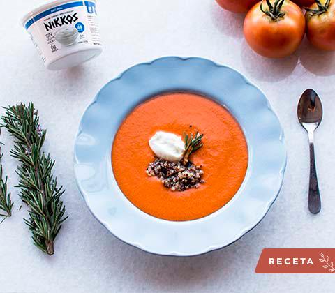 Receta sopa de tomate con albahaca